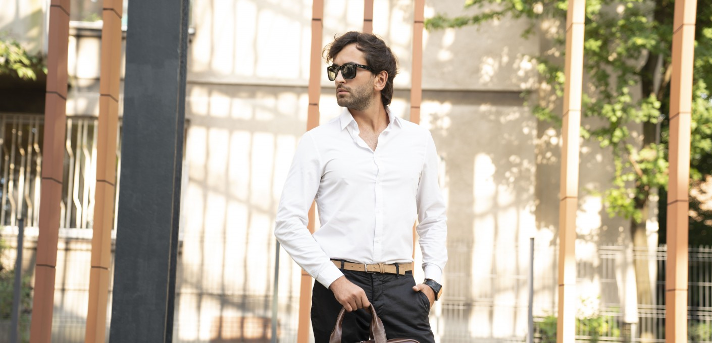 Męska moda biznesowa, czyli jak podkreślić prestiż