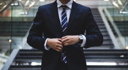 Odkryj dodatki, które podkreślają męski charakter